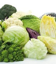 Kreuzblütler-Gemüse: Die Kohlsorten sind voller Antioxidantien. Brokkoli und Blumenkohl zum Beispiel sind perfekt, um den Körper zu entgiften
