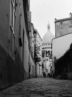 """parisbeautiful:  Sacré Coeur """"Montmartre"""" by Rom-1- on Flickr."""