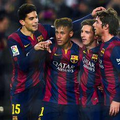 Barcelona calma tensiones y vapulea al Elche en Copa del Rey