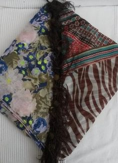 Kaufe meinen Artikel bei #Kleiderkreisel http://www.kleiderkreisel.de/accessoires/tucher/106666538-jedes-dreieckstuchuch-3eu-beide-tucher-5eu