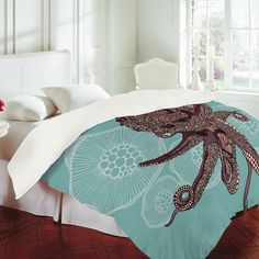 i think I need this duvet for our bedroom.  it's going to have a vacation underwater ocean theme