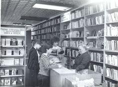 Biblioteca Codru black and white