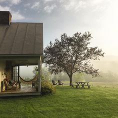 Peaceful retreat in Austria Country Farm, Country Life, Future House, My House, Beautiful Homes, Beautiful Places, Future Farms, Decks And Porches, Cozy Place