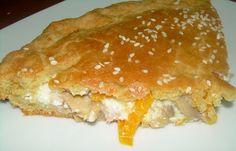 Παραδοσιακή της Κρήτης δεν τη λες! Επειδή όμως τα υλικά της είναι όλα ντόπια, έχει νομίζω τη θέση της στο blog! Τι κάνει κανείς όταν έχει λίγα απ' όλα αλλά τίποτα αρκετό για να γεμίσει από μόνο του μια πίτα; Τα ανακατεύει όλα και τα δένει με μια «αλευρόκρεμα»! Το … Lunch Recipes, Healthy Recipes, Mumbai Street Food, Dairy Free Diet, Cooking Together, My Best Recipe, Greek Recipes, Gluten Free Recipes, Food Processor Recipes