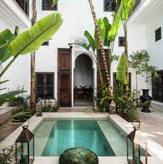 Patio interior de un riad en Marrakech