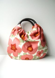 Gorgeous handmade bags, clutches & cosmetic bags from allisa jacobs.