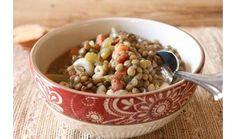 Super Easy and Healthy Warm Lentil Soup -via Hobbs Hobbs Lewis Winter Soups, Winter Food, Healthy Foods To Eat, Healthy Recipes, Healthy Soups, Healthy Eats, Healthy Life, Lentil Soup Recipes, Soup And Sandwich