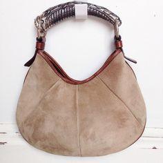 Chanel 2.55 medium Double Flap bag https://www.lollipuff.com/blog ...