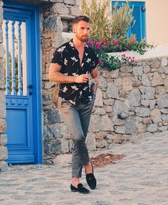 """f82e48ef Mensfashion ▫️Street ▫️Style on Instagram: """"Check out @gentwithstreetstyle  Outfit by @chezrust #mensfashion_guide #mensguide Tag @mensfashion_guide in  ..."""