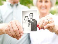 50 year wedding anniversary portrait session in Harvest Alabama 50 Jahre Hochzeitstag Portrait Sessi Wedding Anniversary Pictures, Parents Anniversary, Golden Anniversary, Anniversary Parties, 50th Anniversary, Anniversary Photography, Wedding Photography, Friend Photography, Tree Photography
