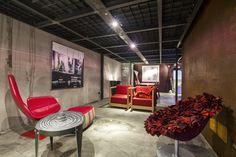 http://www.ikonos-design.com/azienda/showroom/spazio-ikonos