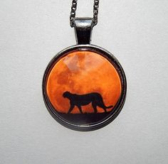 Cheetah and moon Pendant Cheetah necklace Cheetah Jewelry #jewelrynecklaces