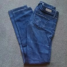 AG jeans Tomboy Relaxed Straight Leg Jeans by AG Mint condition  Size 24R AG Adriano Goldschmied Jeans Straight Leg