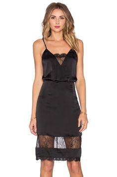 3aaec9be16 95 imágenes atractivas de Moda vestidos lenceros