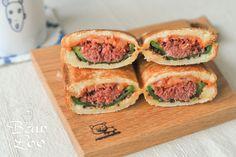 コンビーフで作る、簡単ピーマン肉詰めサンド