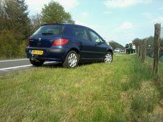 """""""@moniquekipkeute: Pech onderweg, daar sta je dan! Wachten op de ANWB"""". (06-05-2013)"""