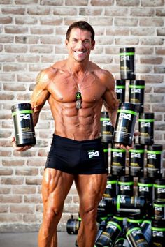 Michael Burton representing with his Herbalife 24! #herbalife24 #herbalifeproducts #fitness #motivation #workout #beyondlimits #24hours #athletes #sports #performance #nutrition #sportnutrition