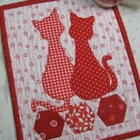 Quilting : Calico Cats Mug Rug