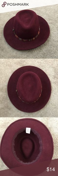 Maroon felt wool wide brim hat fedora Maroon wool fedora hat. Wide brim. So cute on and goes with just about anything! Love it for all seasons, especially Fall and Winter. Great condition, looks so cute with jeans and a t shirt or dresses up with a dress and heels. Accessories Hats