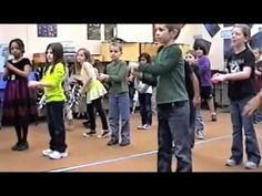 """Musical Simon says - Sing """"Hello, Hola How are you?"""" Riff Bb to Eb for 16 counts while leader does motions. Segway into vs again with for 4 counts. Preschool Music, Music Activities, Teaching Music, Music Lesson Plans, Music Lessons, Music For Kids, Kids Songs, Music Songs, Music Games"""