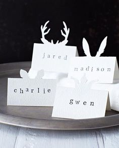 Sweet Paul's friend Lova made these beautiful placecards! Lova's World: Animal Placecards noel christmas Noel Christmas, Green Christmas, Christmas Wedding, Xmas, Christmas Ideas, Winter Christmas, Christmas Lights, Deco Table Noel, Wedding Places