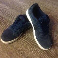 Nike SB Paul Rodriguez 4 Jr Navy Suede Nike SB. Worn a few times. Size 6Y in Boys, 8 in Women. Great Condition! Nike Shoes