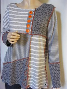 Size XL all cotton t-shirt tunic Reuse Clothes, Old Sweatshirt, Sewing Blouses, Mature Fashion, Sewing Material, Refashion, Dressmaking, Clothes For Women, Makeup