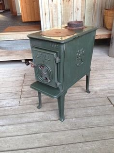 Jøtul 502 wood stove.