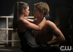 """The Tomorrow People -- """"In Too Deep"""" -- Image Number: TP102A_1946.jpg --Pictured (L-R): Peyton List as Cara and  Luke Mitchell as John  --  Photo: Jack Rowand/The CW -- © 2013 The CW Network, LLC. All rights reserved."""