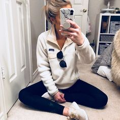 38 Awesome School Outfit Ideas For Winter Outfits 38 Awesome School Out. - - 38 Awesome School Outfit Ideas For Winter Outfits 38 Awesome School Outfit Ideas For Winter Looks Style, Looks Cool, My Style, Daily Style, Cute Comfy Outfits, Cute Casual Outfits, Comfy Clothes, Cute Legging Outfits, Women's Clothes