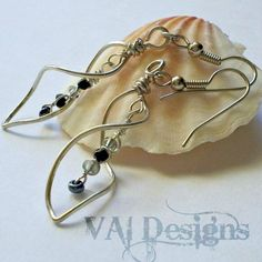 Twisted Spiral Earrings | JewelryLessons.com