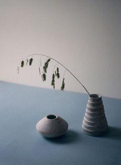 (ceramic vase)
