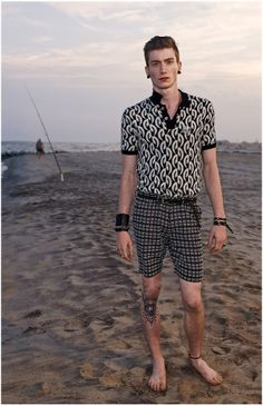 http://i1.wp.com/www.thefashionisto.com/wp-content/uploads/2013/10/marc-by-marc-jacobs-spring-summer-2014-collection-0005.jpg