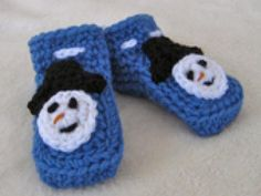 Crochet Some Sweet Baby Booties with These Free Patterns: Snowman Baby Booties