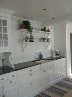 Kitchen Remodeling: Planning and Ideas - Kitchen Remodel Ideas Swedish Kitchen, Scandinavian Kitchen, New Kitchen, Kitchen Decor, Kitchen Design, Kitchen Cabinetry, Kitchen Flooring, Wall Cabinets, Room Interior