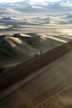 Huacachina , Ica , Peru , Nazca , Desert Huacachina is 8 kms away from Ica in Peru . Nazca Desert By ilkerender Nazca Peru, Huacachina Peru, Places To Travel, Places To See, Travel Sights, Travel Trip, Nightlife Travel, Hawaii Travel, Beautiful World
