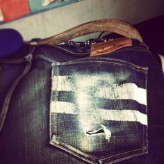 #momotaro Raw Jeans, Raw Denim, Jeans Pants, Blue Jeans, Denim Jeans, Momotaro Jeans, Azul Indigo, Denim Crafts, Utility Tote