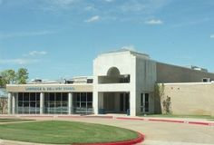L D Bell High School.  Seniors have been busy planning for college.  Here is an excellent article on the topic.  Read more. http://www.examiner.com/article/planning-for-college