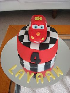 Every little boy needs to have at least one of his birthdays dedicated to cars. Car Party, Car Themes, Birthdays, Birthday Cake, Cars, Mini, Desserts, Food, Anniversaries