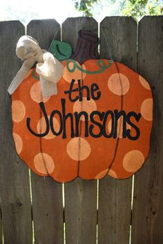 Burlap Pumpkin Door Hanger ~The Johnsons~ Burlap Projects, Burlap Crafts, Fall Projects, Burlap Art, Painted Burlap, Burlap Garland, Burlap Signs, Craft Projects, Hand Painted