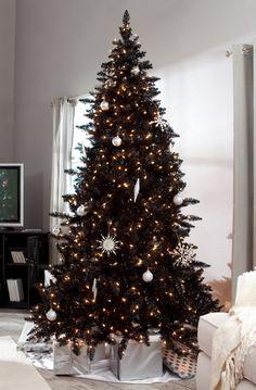Black Christmas Tree Decorations, 2013 Black Christmas Tree Snowflake Decorations  #Black #Christmas #Tree #Decorations  www.loveitsomuch.com