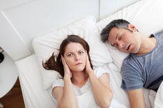 İnsanlar neredeyse ömürlerinin üçte birini uyku halinde geçirmektedirler. Peki ömrünüzün bu kadar önemli bir kısmını geçirdiğiniz zamanı horlayarak sağlıksız bir şekilde geçirmenizin tüm hayatınıza nasıl zarar verebileceğini hiç düşünüyor musunuz? Üstelik bu sebep ile bilinçli insanların çeşitli horlama tedavisi