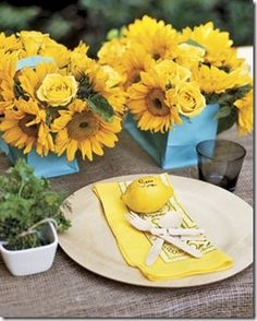 Lemon Place Cards. Burlap Tablecloth. Yellow Sunflower and Roses.