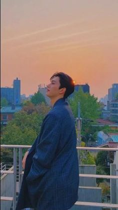 Korean Drama Songs, All Korean Drama, Korean Drama Quotes, Korean Male Actors, Handsome Korean Actors, Asian Actors, Song Kang Ho, Sung Kang, J Hope Dance