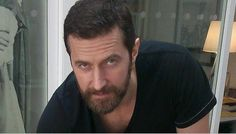 Sexy Smoulder Gaze Alert: Richard Armitage Signing The Crucible Poster, October 2015 Gratiana Lovelace (Post British Men, British Actors, Richard Armitage, Thorin Oakenshield, Ares, My Soulmate, Betty Boop, Tom Hiddleston, Gorgeous Men