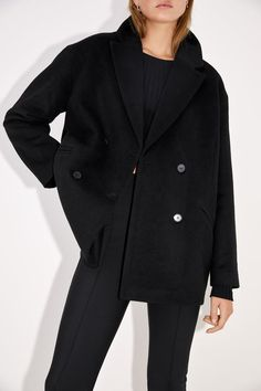 BLAZER OVERSIZE BOTONES | ZARA España Oversized Blazer, Blazer Buttons, Zara Women, Welt Pocket, Double Breasted, Coat, Long Sleeve, Sleeves, Jackets