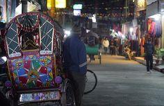"""""""dans les rues de Katmandou la nuit"""" by TravelPod blogger marco-2010 from the entry """"Retour à Katmandou :)"""" on Friday, January 17, 2014 in Kathmandu, Nepal"""