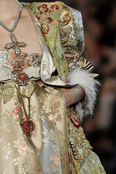 FALL 2008 COUTURE Christian Lacroix