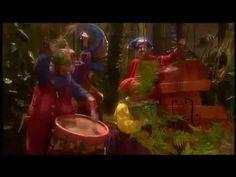▶ Kabouter Plop - Kabouterdans - YouTube (vanaf 1.10)