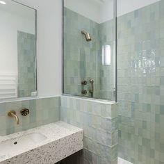 Bathroom Kids, Tiles, Sweet Home, Bathtub, Instagram, Home Decor, Bathroom Interior, Room Tiles, Standing Bath